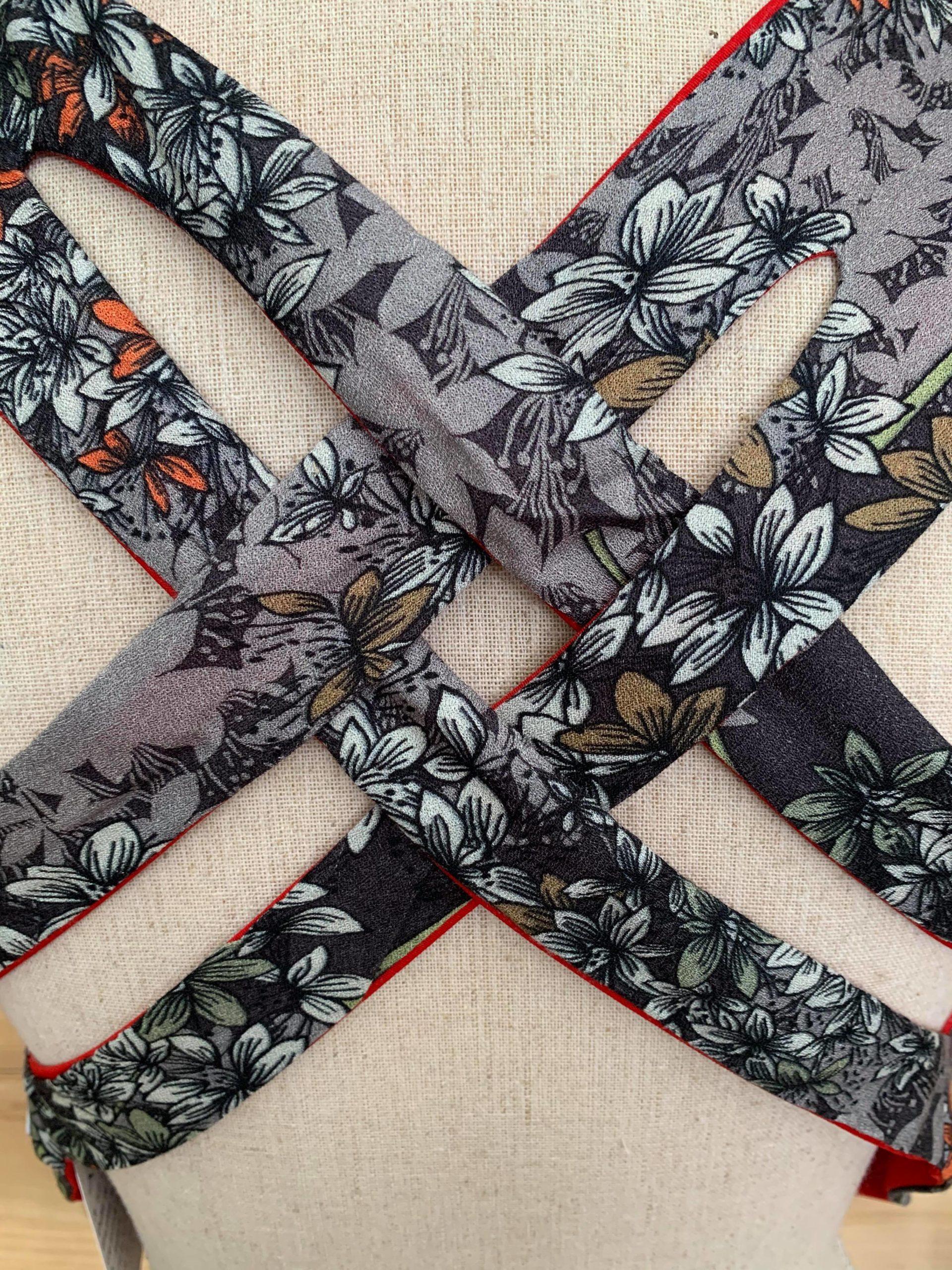 Top croisé réversible motif fleur et rouge fabriqué en France